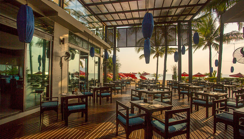 Sassi's Beach Club | Restaurants, Bars and Dining | Ramada Khao Lak Resort